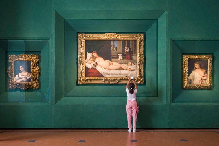 In 50 beeindruckenden Räumen finden sich in den Uffizien in Florenz große Meisterwerke der Kunstgeschichte.