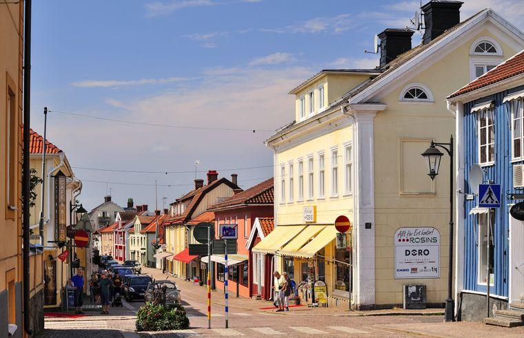 Straße in der Stadt Vimmerby in Schweden