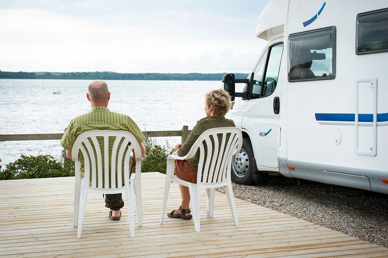 Vom Campingplatz Mariager Camping kannst du mit etwas Glück in den Mariagerfjord blicken.