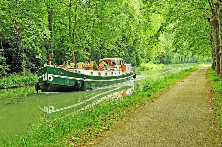 Der wunderschöne idyllische Canal de Garonne.