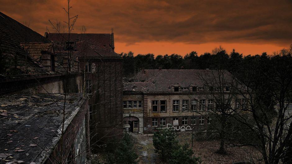 Die Heilstätten in Beelitz haben eine magische Anziehungskraft für Urban Explorers und Grusel-Fans.