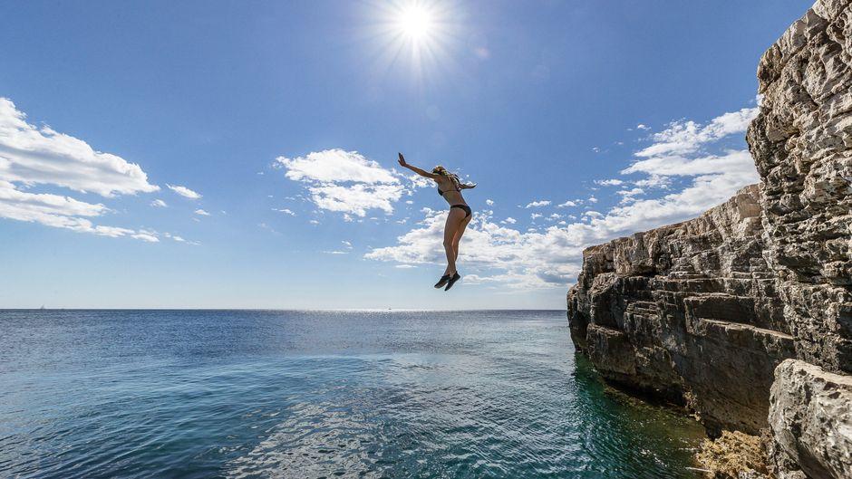 Kroatien bietet Urlaubern Tausende Inseln und traumhafte Klippen.
