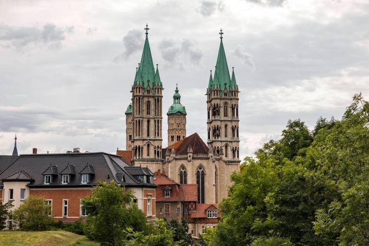 Die beiden Osttürme des Naumburger Doms St. Peter und Paul.
