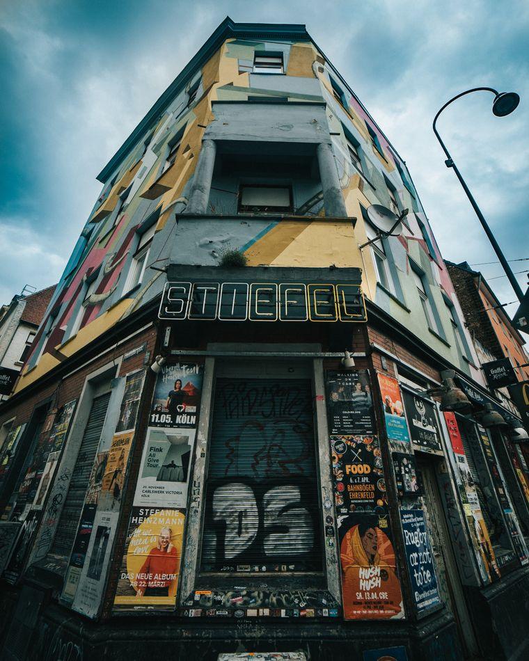 Der Stiefel ist eine legendäre Bar auf der Partymeile Zülpicher Straße.