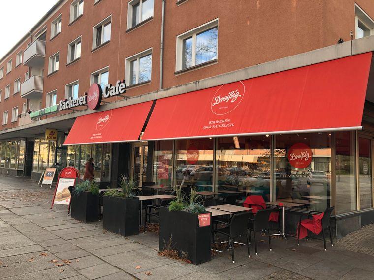 Die Bäckerei Dreißig in Eisenhüttenstadt liegt direkt an der Lindenallee.