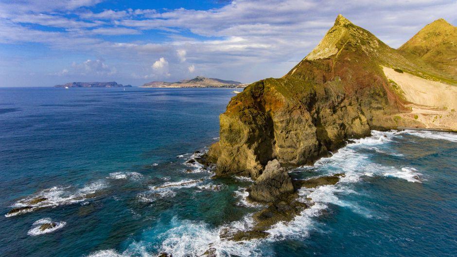 Küste von Porto Santo, einer Nachbarinsel von Madeira.