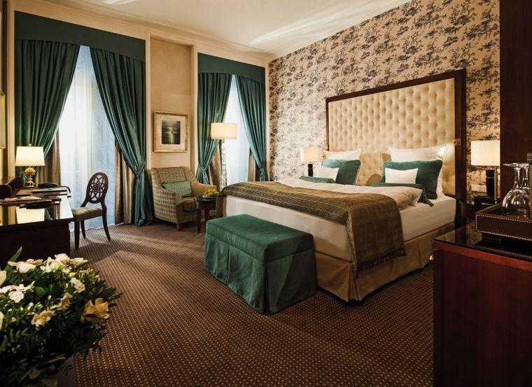 Das Deluxe-Zimmer des Steigenberger Parkhotels