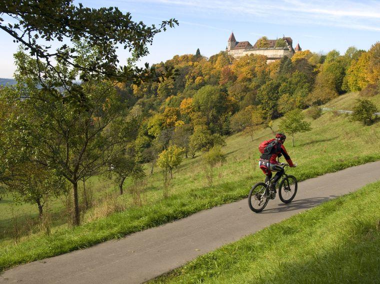 Acht Mountainbikestrecken führen durch die Region Churfranken im Mittellandgebirge.