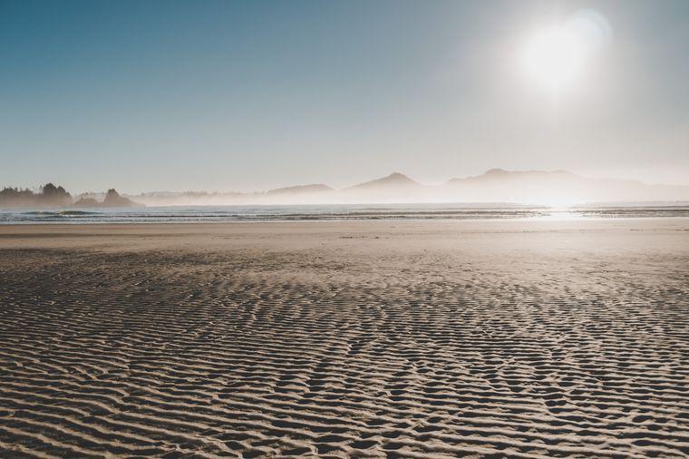 Goldene Strände an der Pazifikküste: Hier treffen sich Spaziergänger, Surfer und Sonnenanbeter.