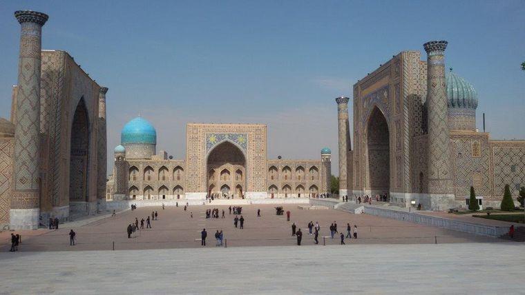 Der Registan-Platz im Zentrum von Samarkand gilt als einer der prächtigsten Plätze in Mittelasien.