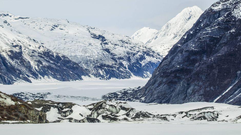 Touristen kommen zum Valdez-Gletscher, um die imposanten Eisberg-Formationen hautnah zu erleben. Drei Deutsche kamen dabei ums Leben.