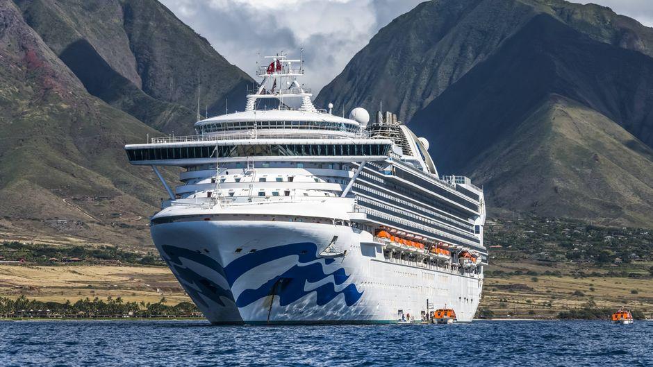 Die Zahl der Coronafälle auf dem Kreuzfahrtschiff steigt.