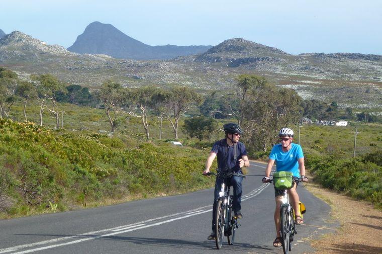 Während ihrer Tour in Südafrika sind die Radfahrer auch auf der Kap-Halbinsel unterwegs.