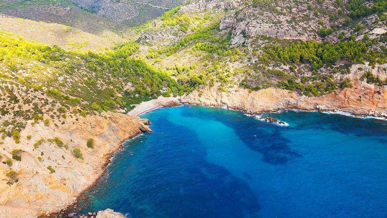 Cala Egos ist ein Strand im Westen von Mallorca.