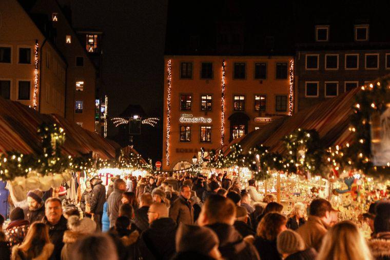 Der Nürnberger Christkindlesmarkt ist ein echtes Winter-Highlight in der Stadt.