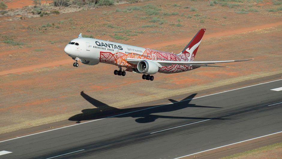 """Der Dreamliner """"Emily"""" von Qantas startete am Samstag zum ersten Direktflug von Perth nach London-Heathrow. (Symbolfoto)"""
