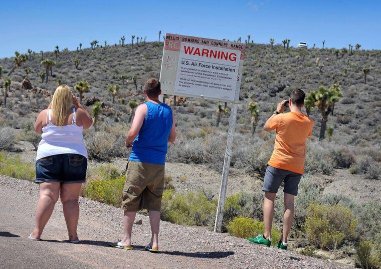 Warnschild vor der Area 51.