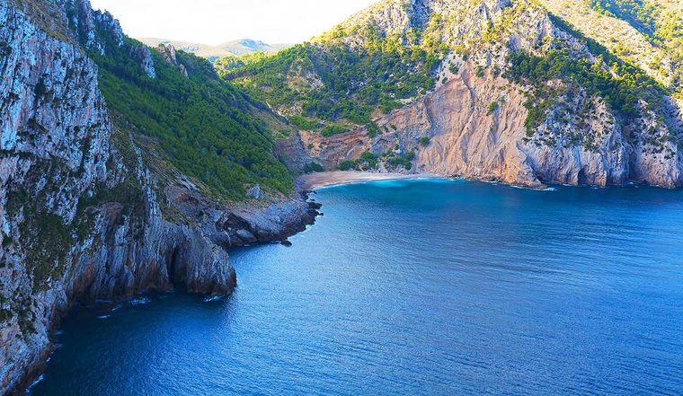Die Playa Coll Baix ist Teil eines Naturschutzgebietes.