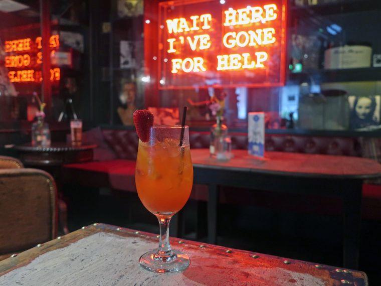 In Belfast gibt's nicht nur urige Pubs, sondern auch jede Menge Hipsterlokale.
