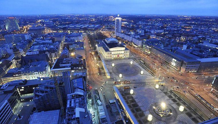 Mit seinen 40.000 Quadratmetern ist der Augustusplatz der größte Stadtplatz in Deutschland.