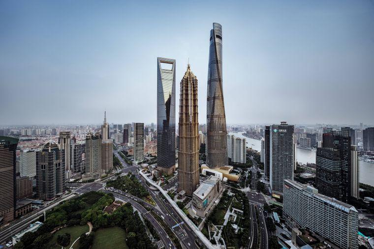 Der Shanghai Tower ist das zweithöchste Gebäude der Welt.