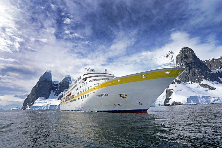 """Ab Januar 2020 wird die """"MS Hamburg"""" ausschließlich mit Marine-Diesel betrieben. In der Antarktis, einer der Routenziele, ist das aus Umweltgründen Standard."""