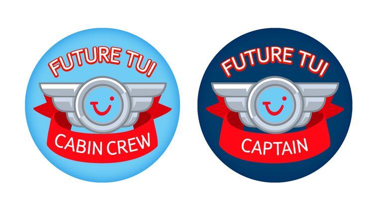 So sehen die Sticker aus, die Flugbegleiter auf Flügen von Tui UK verteilen.