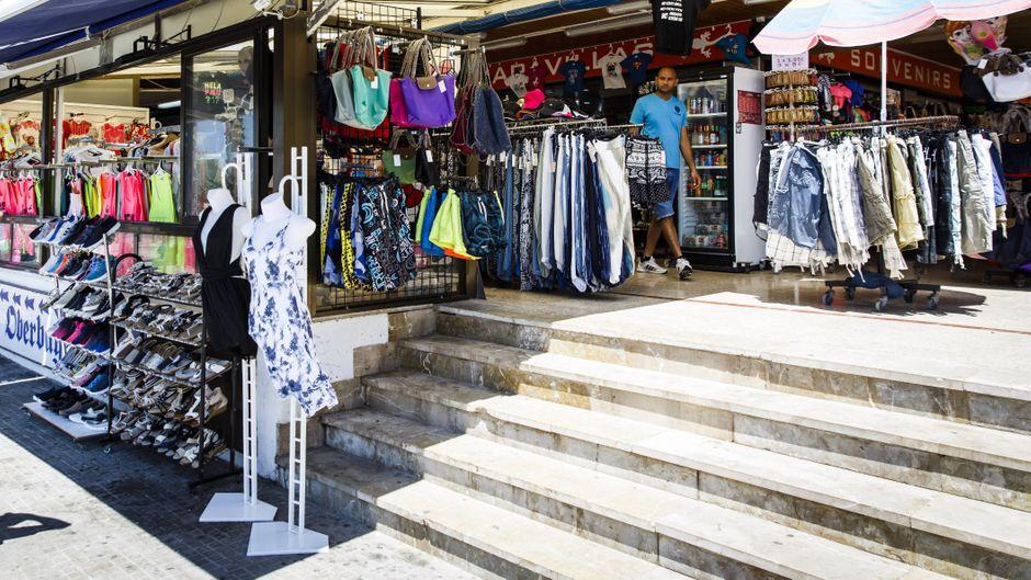 Einkaufen am Ballermann: Auch in El Arenal können Shopping-Fans sich austoben.
