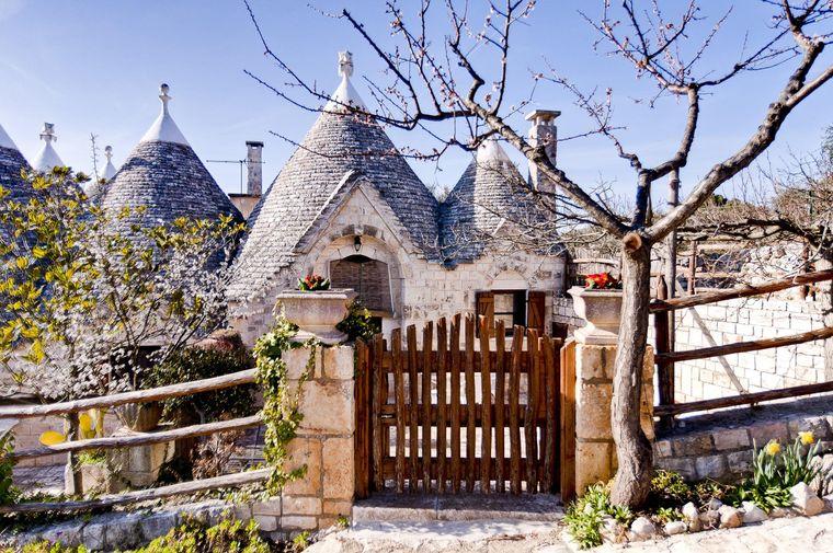 Das Haus mit den sieben Türmen bietet pure Entspannung mit italienischem Dorf-Flair.