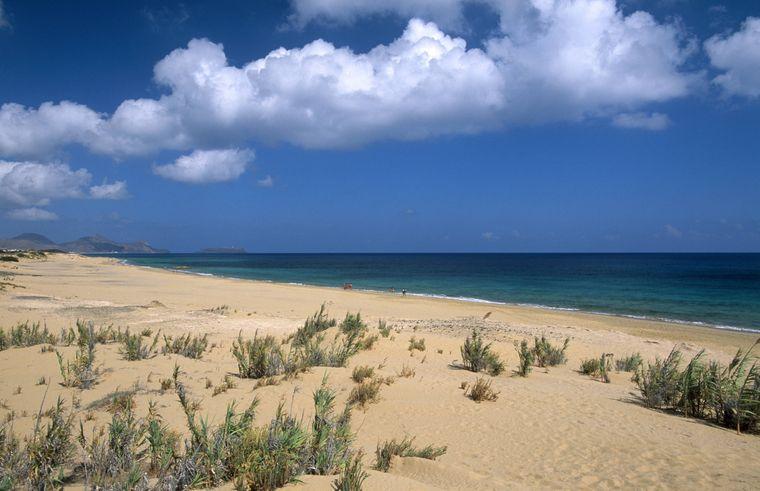 Strand von Dos Santos