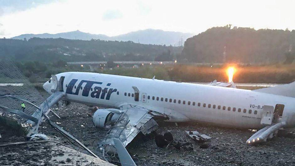 Die verunglückte Maschine der russischen Airline Utair hatte für kurze Zeit gebrannt.