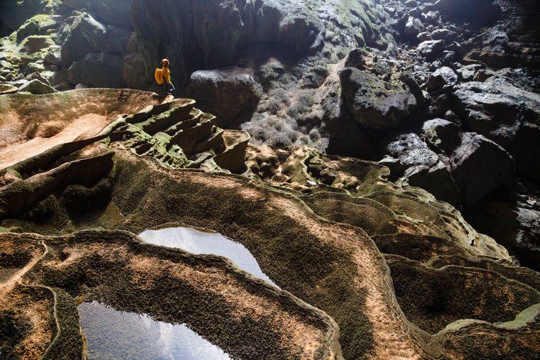 Mindestens 150 einzelne Höhlen mit Seen, Flüssen und einem Dschungel: Die Sơn-Đoòng-Höhle (deutsch: Bergflusshöhle) befindet sich im Nationalpark Phong Nha-Ke Bang in Vietnam.