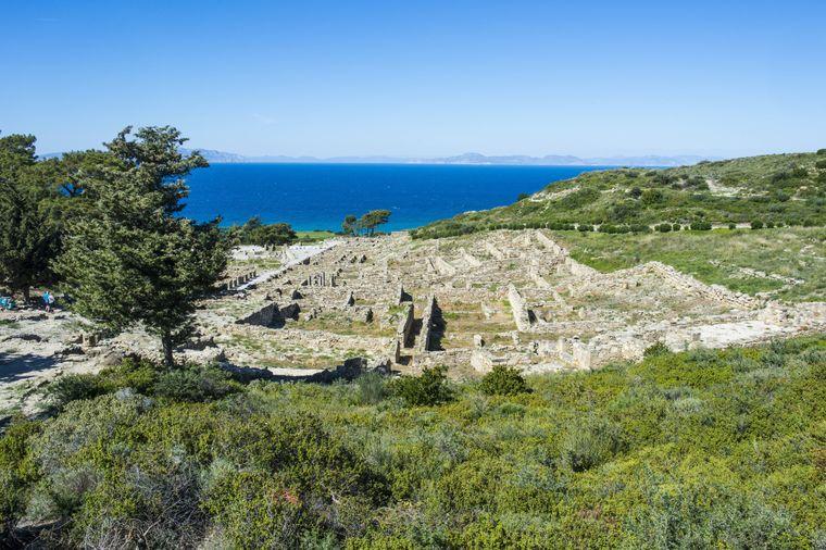 In der Ruine von Kalavarda kannst du wunderbar die alte Stadtanlage erkennen.