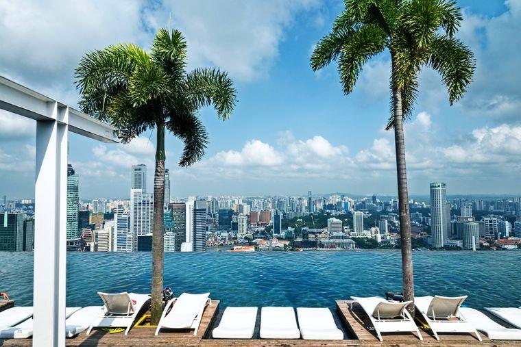 Lange lag der Infinity-Pool des Marina Bay Sands Hotel an der Spitze der höchstgelegenen Pools der Welt.