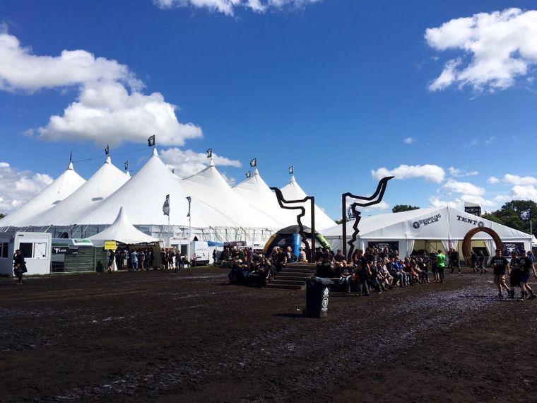 Das Wrestling Slam Tent und der Bullhead City Circus beim Wacken-Festival 2016