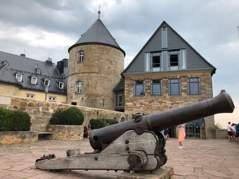 Die Kanone auf Schloss Waldeck.