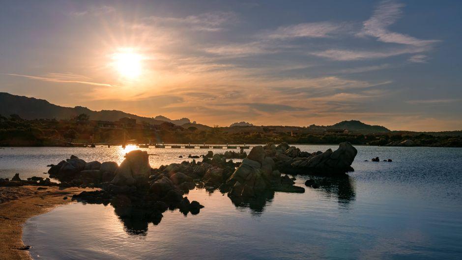 Der Strand von Sardinien macht deutlich, wieso Italien eines der beliebtesten Reiseziele der Deutschen ist.