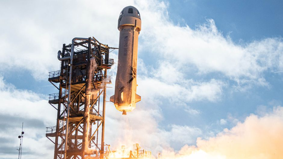 """Ab ins All: Am 20. Juli befördert die Rakete """"New Shepard"""" sechs Personen in der Raumkapsel """"RSS First Step Crew Capsule"""" ins Weltall."""