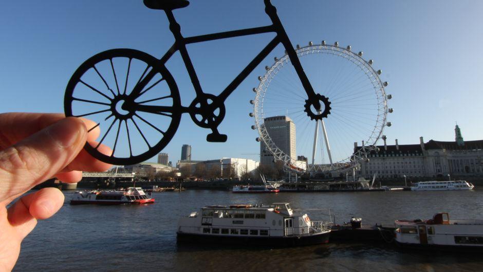 Rich McCor: Das London Eye als Fahrrad.