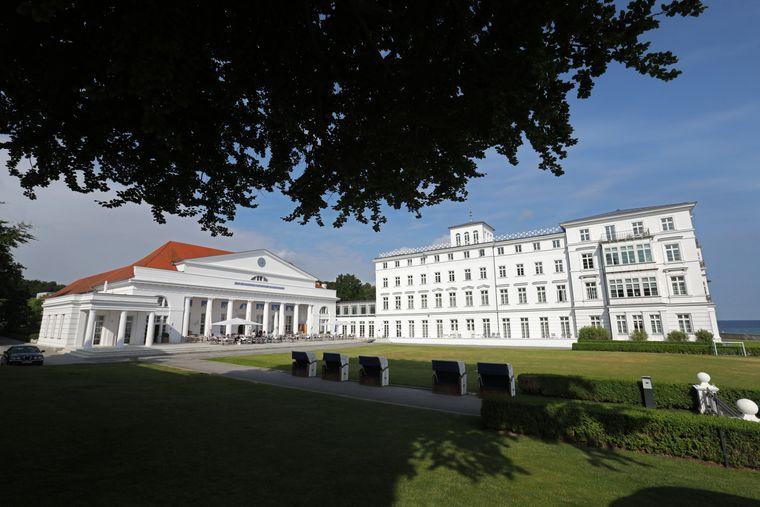 Das Grand Hotel Heiligendamm mit dem Kurhaus.