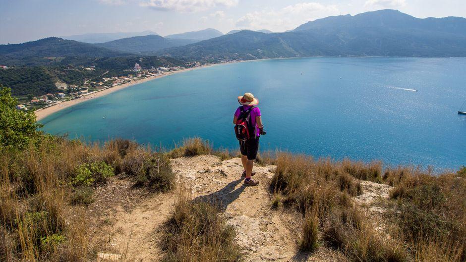 Küste auf der griechischen Insel Korfu – hier gibt es Kultur und Natur zu erleben.