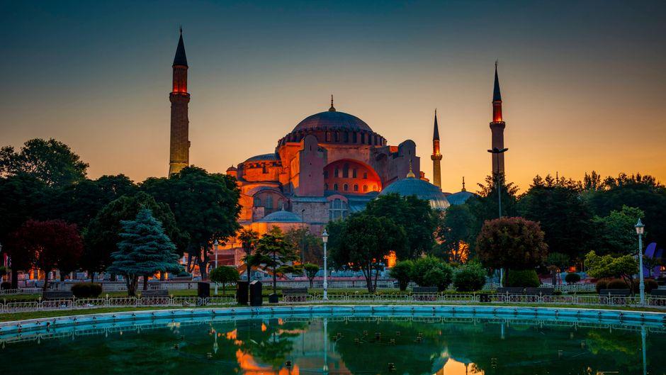 Deinen Istanbul-Urlaub kannst du auf verschiedene Weisen planen.