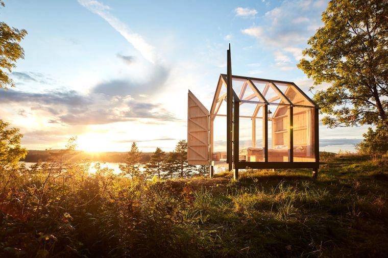 In dieser Unterkunft bleiben Gästinnen und Gäste für 72 Stunden mitten in der Natur Westschwedens.