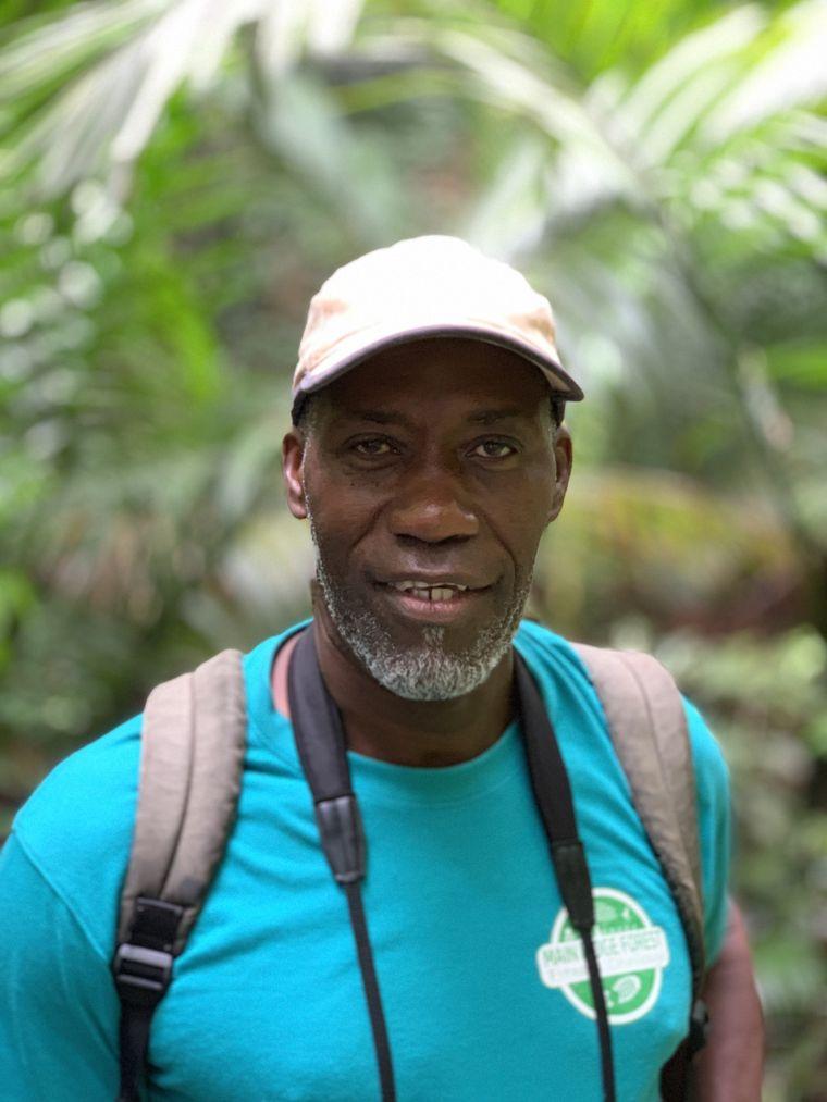 William Trim arbeitet seit 1991 als Ranger und kennt sich mit der Flora und Fauna von Tobago bestens aus.