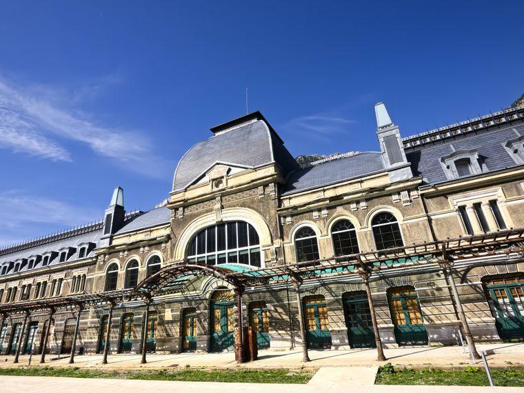 Der Bahnhof Canfranc in Spanien.