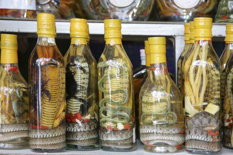 Verbotenes Souvenir aus Laos