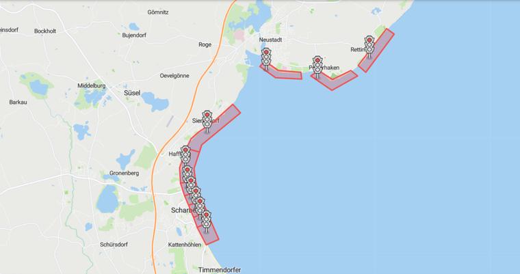 Die Ampel zeigt am Samstagmittag, 1. August, rot, für die Ostseestrände der Orte Scharbeutz, Haffkrug, Sierksdorf und Neustadt in Holstein mit Pelzerhaken und Rettin.