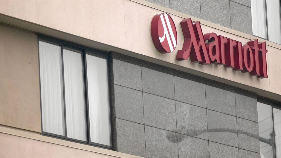 Mitarbeiter der Hotelkette Marriott streiken in den USA.