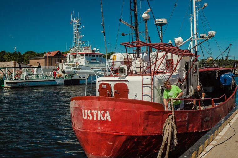 Der Fischfang war schon immer eine wichtige Einnahmequelle für die Bewohnerinnen und Bewohner von Ustka nordwestlich von Gdańsk an der Słupia- Mündung in die Ostsee.