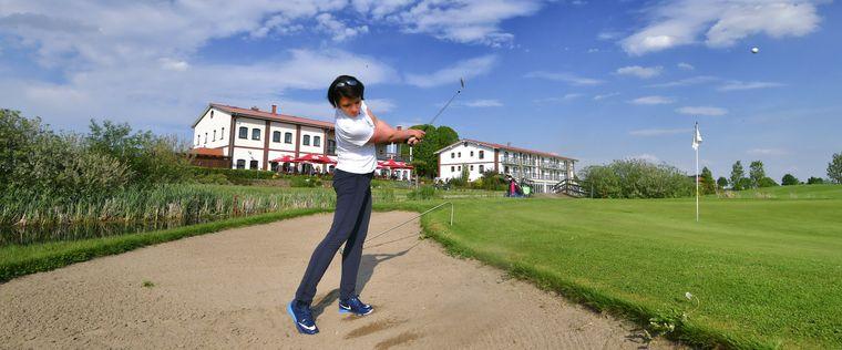 Nicole Pietzke, Siegerin der OZ-Golftour 2017, auf dem Golfplatz Strelasund. Frank Söllner